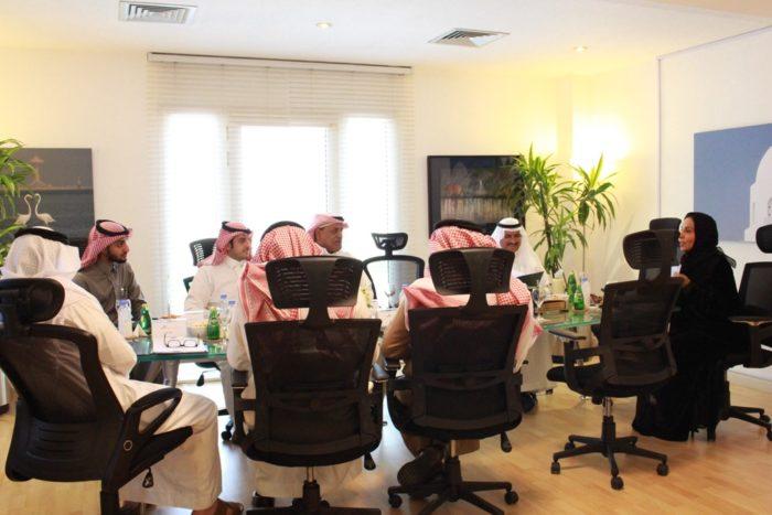 """"""" مجلس المجلس """" يناقش تطبيق نقوش في باقي محافظات المنطقة"""